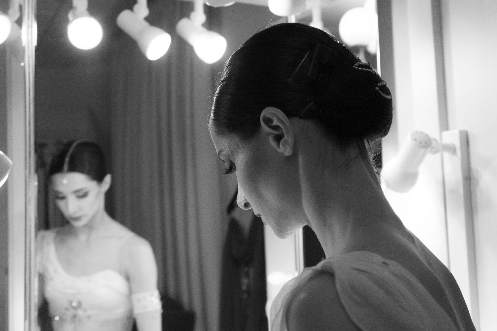 Фильм «Кто она?» о прима-балерине Оксане Кардаш